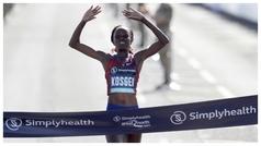 Brigid Kosgei destroza el récord del mundo femenino de maratón