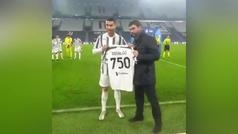 El homenaje de la Juve a Cristiano por los 750 goles: camiseta y...