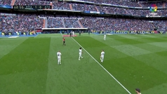 El Bernabéu dio la espalda a Bale: ¡pitos y abucheos en su cambio por Kroos!