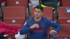 Saúl y Luis Suárez, enfadados al ser sustituidos por Simeone