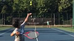 Presenta nuevos saques imparables, de dudosa legalidad, para revolucionar el tenis