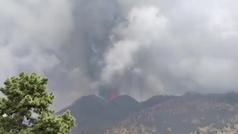 Dos nuevas bocas se abren en el volcán de La Palma