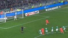 Neymar tiró un penalti al palo que él mismo había provocado