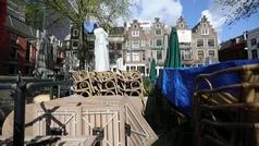 Países Bajos flexibilizará desde hoy las medidas para evitar más contagios covid