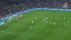 Gol de Rakitic (4-1) en el Barcelona 4-2 Sevilla