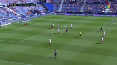 Gol de Kjaer (p.p.) (2-6) en el Levante 2-6 Sevilla