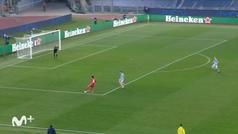 Gol de Acerbi, p.p. (0-4) en el Lazio 1-4 Bayern