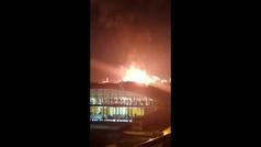 Alarma en Tarragona tras explotar una planta petroquímica