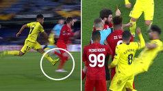 Jaume Costa vio la roja por una dura entrada y provocó una tangana en descuento