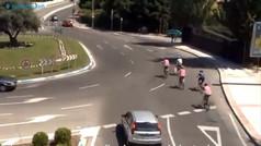 Así se actúa ante un grupo de ciclistas en glorieta