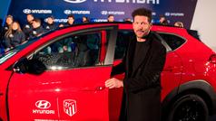 Hyundai entrega al Atlético de Madrid sus nuevos Tucson híbridos