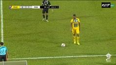 ¿El gol de falta más lejano de la historia? ¡Bombazo desde su campo!