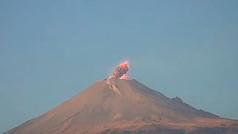 El Popocatépetl registra explosión y emite fumarola de dos kilómetros