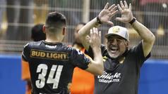 """Primer discurso de Maradona a sus jugadores: """"Acá, cada pelota es la vida"""""""