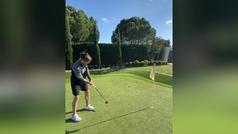 El putt imposible de Bale: toque milimétrico y lectura perfecta de la caída