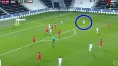 El golazo de Cazorla en el minuto 92 que da media Liga al Al Sadd de Xavi