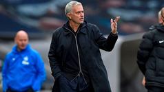 Mourinho deja de ser entrenador del Tottenham: destituido