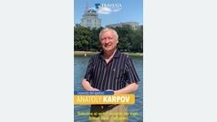 Anatoly Karpov y Abel Caballero se retan a la partida de ajedrez más grande del mundo