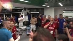 Así se vivió la fiesta del Valencia dentro del vestuario.