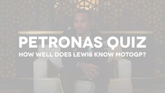Lewis se enfrenta a un cuestionario... y no sale mal parado