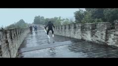 Candide Thovex se juega el tipo esquiando sobre la Muralla China