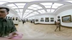 Desnudo por el museo