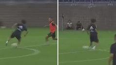 Kubo sigue impresionando: controlazo de espuela, pase de exterior... ¡y pifia de Bale!