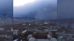 Un tsunami de nieve cubre la ciudad siberiana de Krasnoyarsk