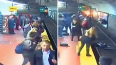 Se desmaya en el andén del metro, empuja a otra pasajera a la vía... ¡y el tren logra frenar!