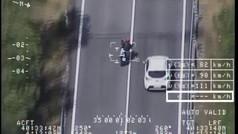 Por barbaridades como estas, la DGT se pone seria con las motos