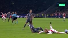 Gol de Tadic (p.) (2-1) en el Ajax 3-3 Bayern