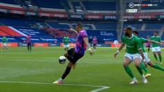 Brutal control de Mbappé para marcar ante el St. Etienne: ¡qué maravilla!