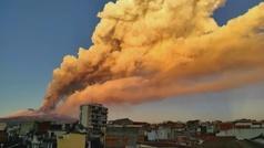 El Etna en erupción obliga al cierre del aeropuerto de Catania