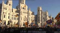Multitudinaria manifestación en Madrid contra el juicio del procés