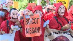 Miles de empleados de Nissan se manifiestan en Madrid por el cierre de las plantas en Cataluña