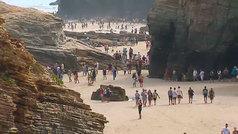Una semana de espera para poder acceder a la playa de As Catedrais