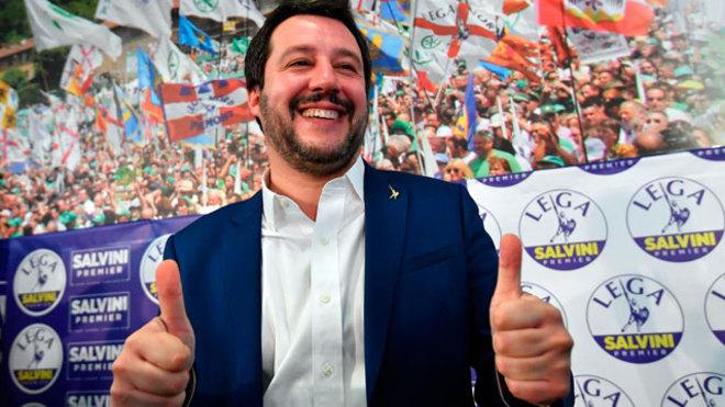 Salvini cree rota coalición en Italia y exige elecciones