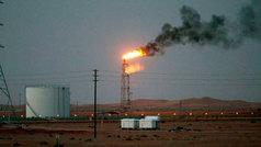 El ataque al corazón de la petrolera saudí provoca el alza de los precios