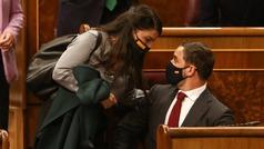 Casado e Iglesias protagonizarán el último día de debate de la moción