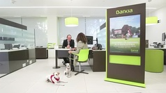 Bankia permitirá la entrada de mascotas en sus oficinas