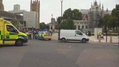 """La Policía investiga el atropello ante el Parlamento británico como un """"incidente terrorista"""""""