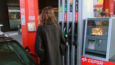 El Gobierno quiere que las gasolineras que más venden sean también puntos de recarga eléctricos