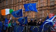 No habrá Brexit duro, al menos de momento