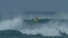 Red Bull Storm Chase: el windsurf más extremo