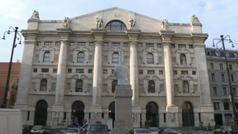 Fuerte caída en la Bolsa de Milán tras el brote de coronavirus