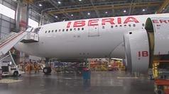 Así convierte Iberia un avión de pasajeros en otro de mercancías