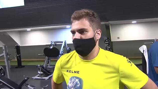 Los médicos recomiendan usar mascarilla al hacer deporte