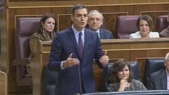 """Pablo Casado aconseja a Pedro Sánchez """"empaquetar el colchón"""" y éste le afea sus """"insultos y mentiras"""""""