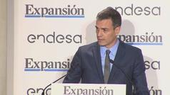 Sánchez anuncia un plan para controlar los horarios de trabajo de las empresas