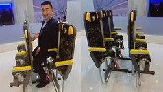 Nueva propuesta para viajar casi de pie en los aviones